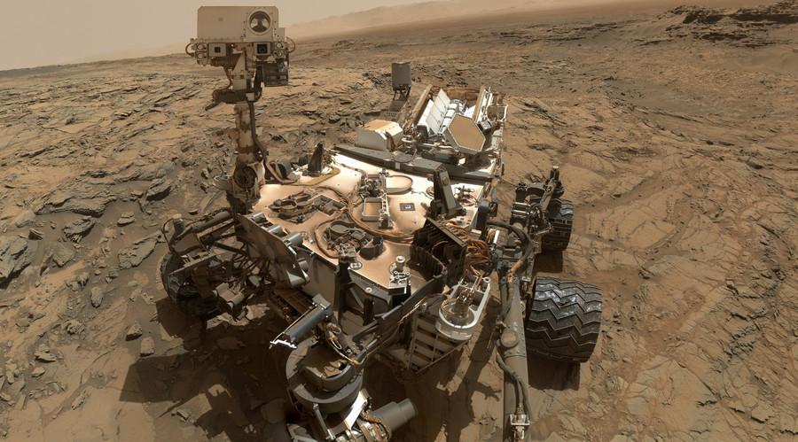NASA rover captures stunning panorama of Earth-like Mars surface (360 PHOTO)