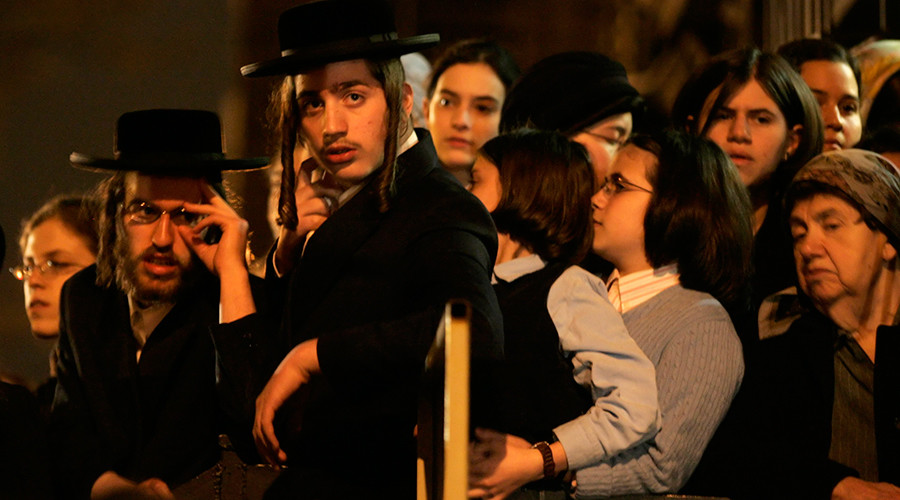 Ultra-Orthodox Jewish sect bans 'dangerous' higher education for women