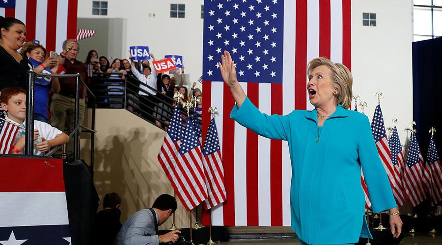 Clinton cranks up Trump-Russia rhetoric as Election Day draws closer
