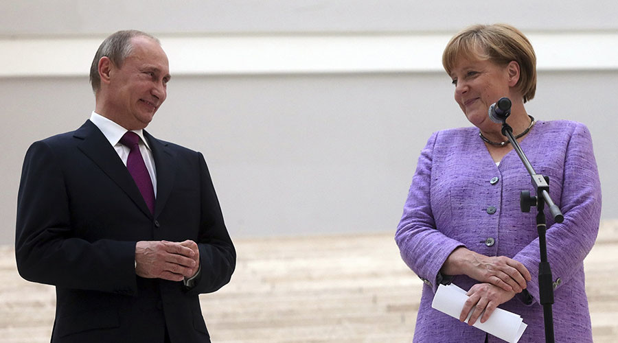 Putin now more popular than Merkel in Czech Republic – German media