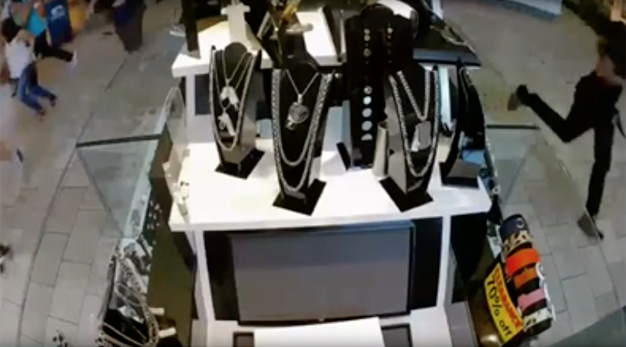 10 injured after Orlando mall shoppers confuse popping balloons with gunshots (VIDEO, PHOTOS)