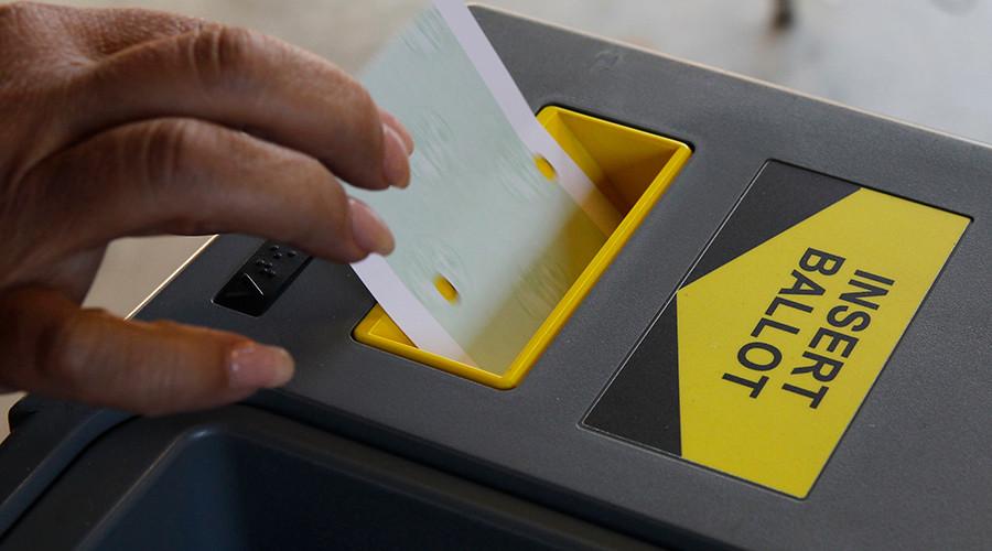 'Foreign hackers' accessed Arizona, Illinois election databases – FBI