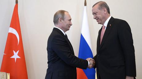 Russian President Vladimir Putin (left) meeting with Turkish President Recep Tayyip Erdogan at the Constantine palace in St. Petersburg, August 9, 2016. ©Aleksey Nikolskyi
