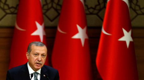 Erdogan ultimatum: 'US has to choose between Turkey & Gulen'