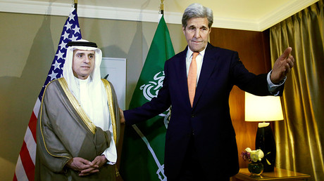 U.S. Secretary of State John Kerry (R) gestures next to Saudi Foreign Minister Adel al-Jubeir during a meeting on Syria in Geneva, Switzerland May 2, 2016. © Denis Balibouse