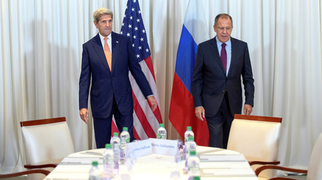 U.S. Secretary of State John Kerry (L) and Russian Foreign Minister Sergei Lavrov in Geneva, Switzerland August 26, 2016. © Martial Trezzini