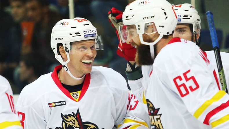 Chinese team Red Star wins first KHL game