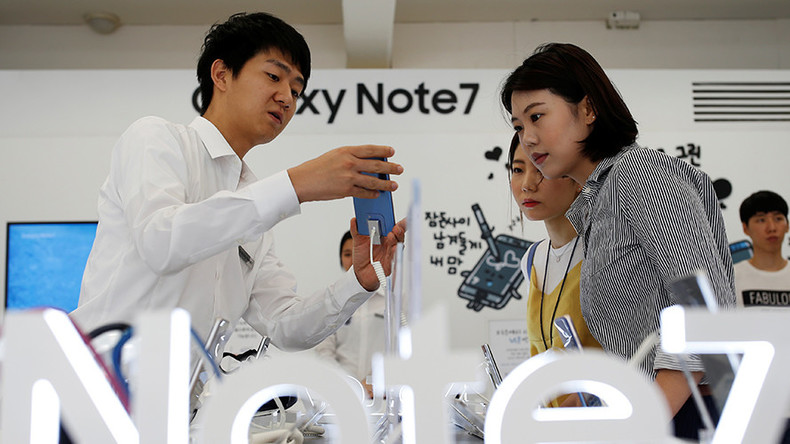 Samsung withdraws flagship Galaxy Note 7 over exploding battery risk