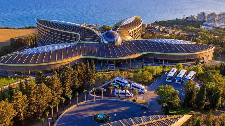 5-star Sir Norman Foster Crimean spa resort tops Euro poll (PHOTOS, VIDEOS)