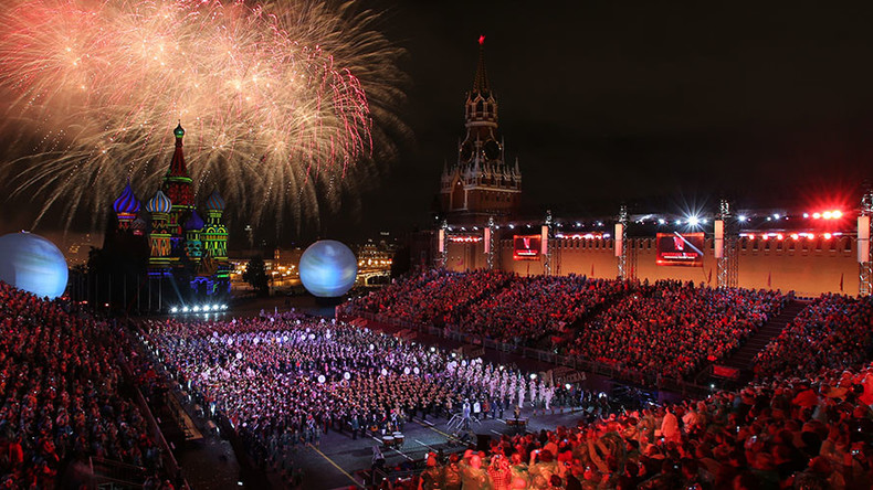 World top military bands take over Red Square for colorful festival (360 VIDEO)