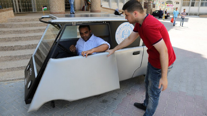 Running on sunshine: Palestinian students build solar car to beat Israeli fuel blockade (VIDEO)