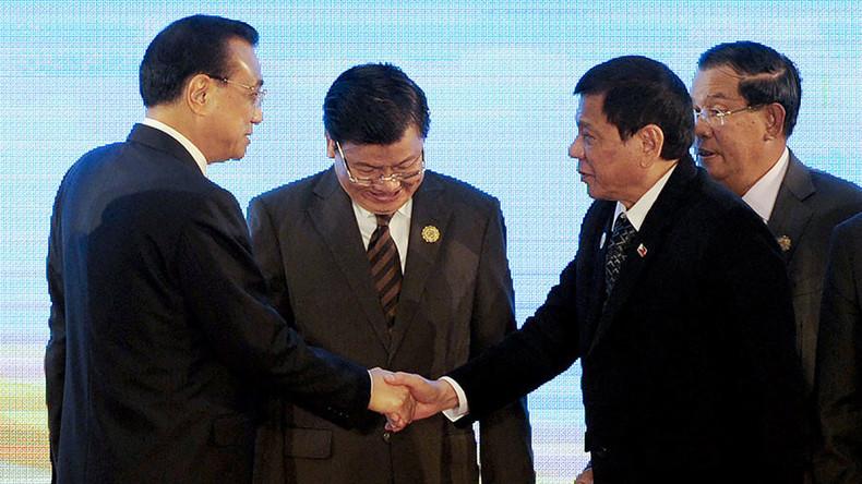 Beijing talks 'revitalized' trade & financial ties with Philippines as Duterte spews vitriol on US