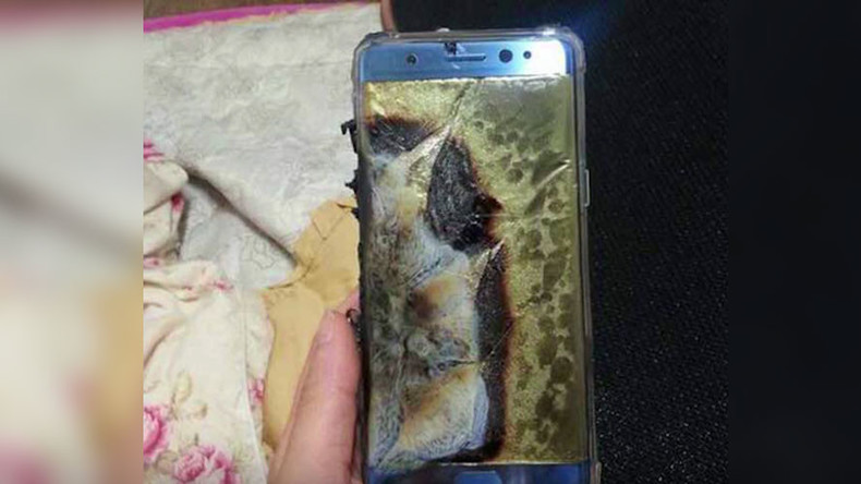 Don't text & fly: FAA warns against using new 'exploding' Samsung phones on board