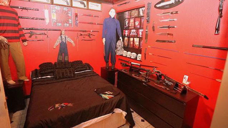 Killer apartment: This London flat comes with its own 'murder room' (PHOTOS)