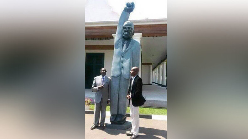 Zimbabwe's Mugabe ridiculed online after unveiling 'Superman' statue of himself