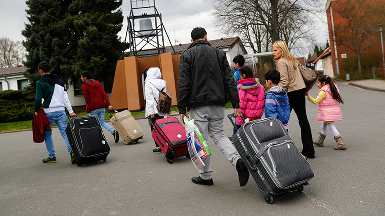 Refugees in Germany go on 'vacation' to war-torn homelands – report