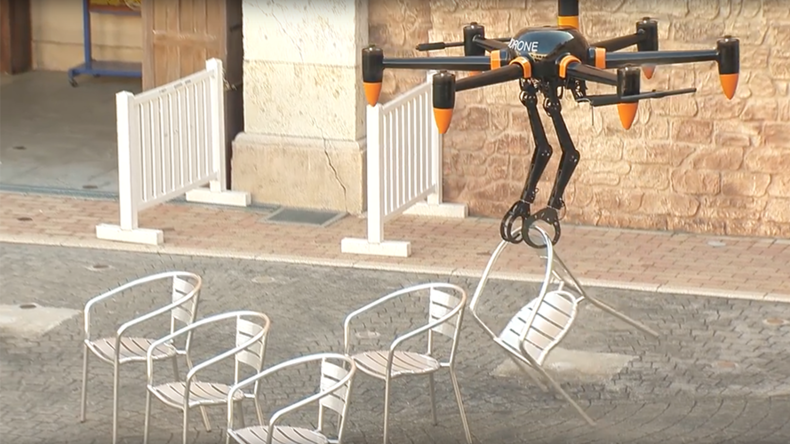Terrifying '2-armed' drone designed for dangerous ops (VIDEO)