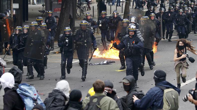 'Paris ignoring violent protests, ramming through labor reform without parliament vote'