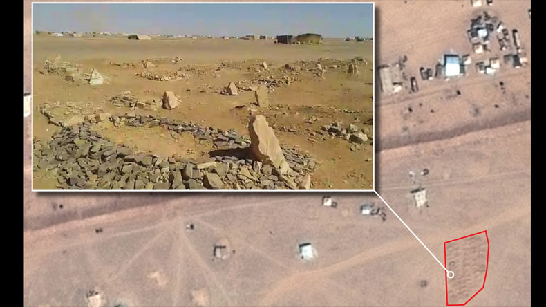 Graves appear in Syria-Jordan desert as 75,000+ refugees left stranded