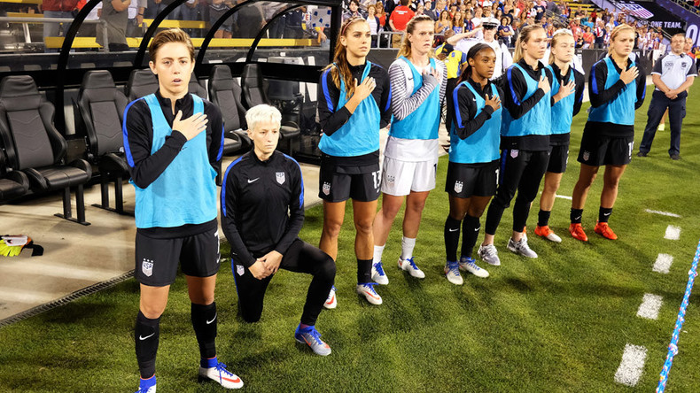 Rapinoe kneels during anthem before USA friendly, blasted by US Soccer