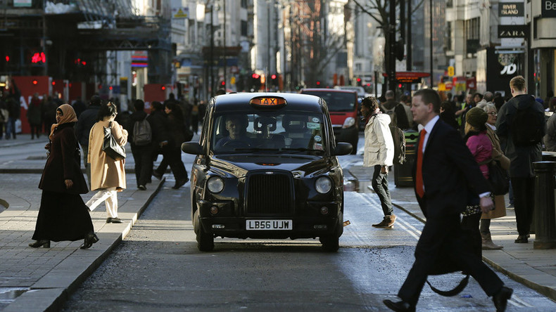 Taxi drivers get 'counter-terrorism' training to spy on passengers