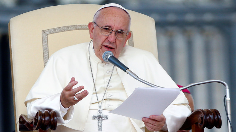 Journalism based on gossip is akin to terrorism – Pope Francis