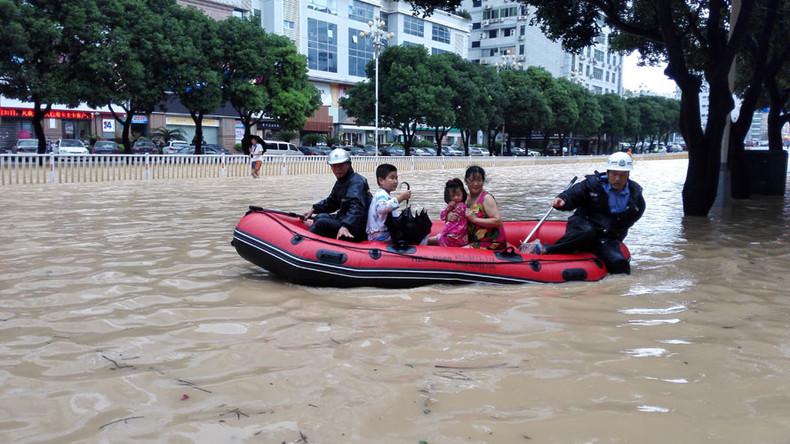 Dozens missing after Typhoon Megi triggers major landslide in China (VIDEO)