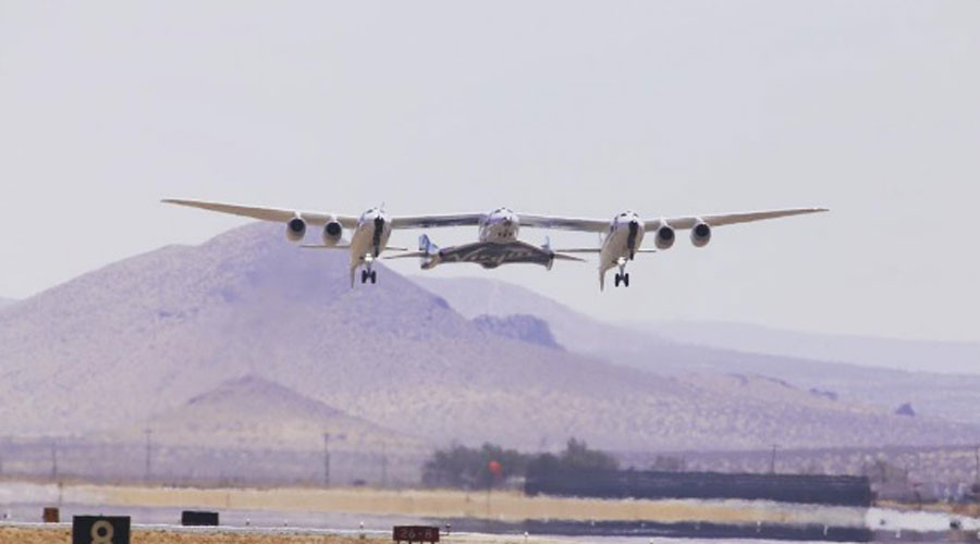 Virgin Galactic's SpaceShipTwo returns to the skies 2yrs after fatal crash (PHOTOS)