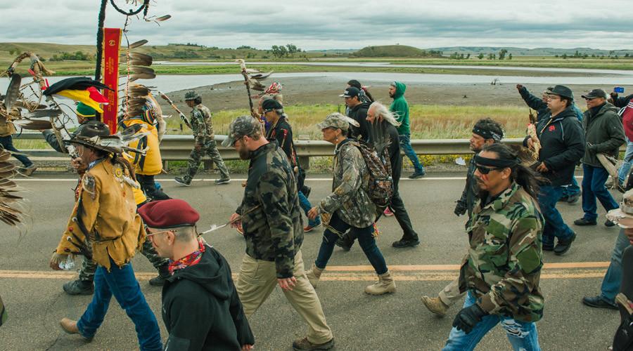 Facebook 'censors' Dakota Access pipeline protest livestream – activists