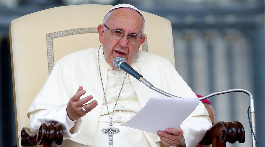 1,200 pages of 'gay' priests' explicit chats, photos given to Vatican
