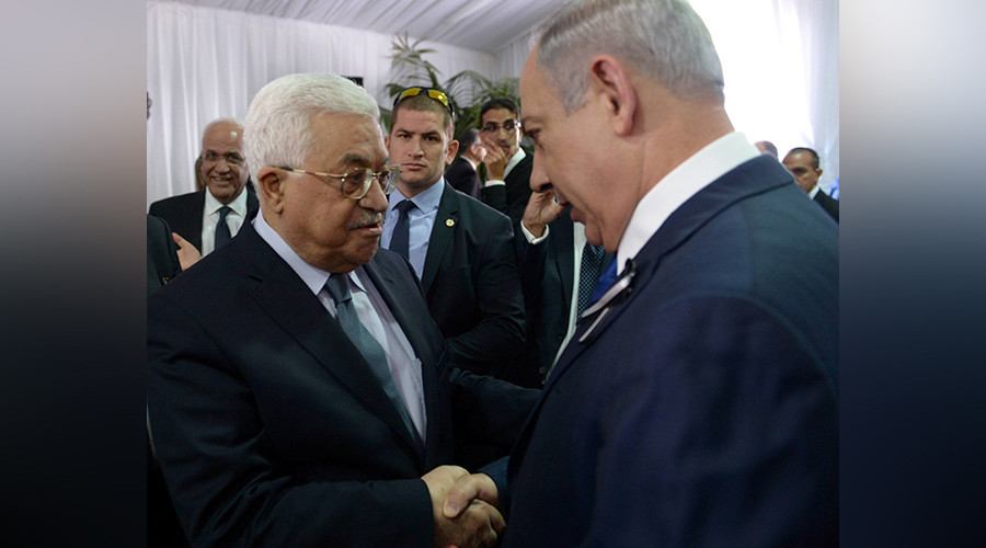 Abbas & Netanyahu exchange historic handshake at Peres funeral (VIDEO)