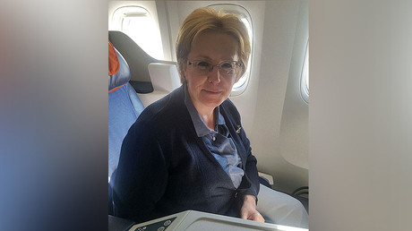 Veronica Skvortsova, Russian health minister, on New York-bound plane where she saved the life of a woman who suffered a stroke © RT