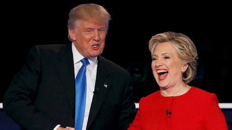 Republican U.S. presidential nominee Donald Trump shakes hands with Democratic U.S. presidential nominee Hillary Clinton at the conclusion of their first presidential debate at Hofstra University in Hempstead, New York, U.S., September 26, 2016. ©Mike Segar
