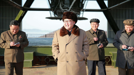 North Korean leader Kim Jong-Un (C) © KCNA