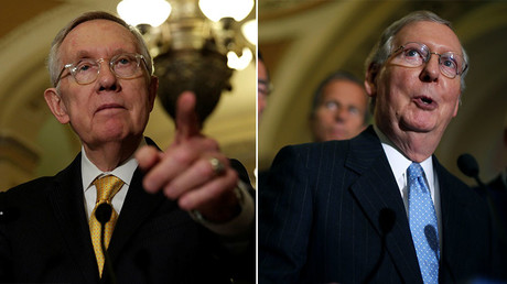 U.S. Senate Minority Leader Harry Reid (D-NV) (L) and U.S. Majority Leader Mitch McConnell (R-KY) (R). © Reuters