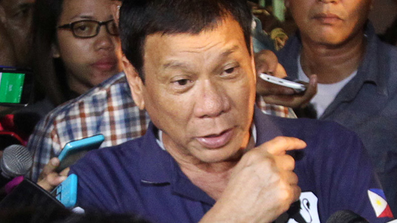 Duterte apologizes to Jews after comparing his war on drugs to Holocaust
