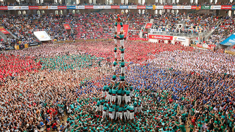 Catalonia's awesome 'human towers' put Cirque du Soleil in shade (VIDEOS, PHOTOS)