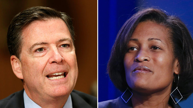FBI agrees to destroy laptops of Clinton aides in immunity deal