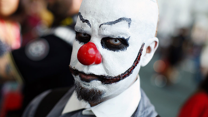 'Creepy clowns' terrorizing children in Newcastle