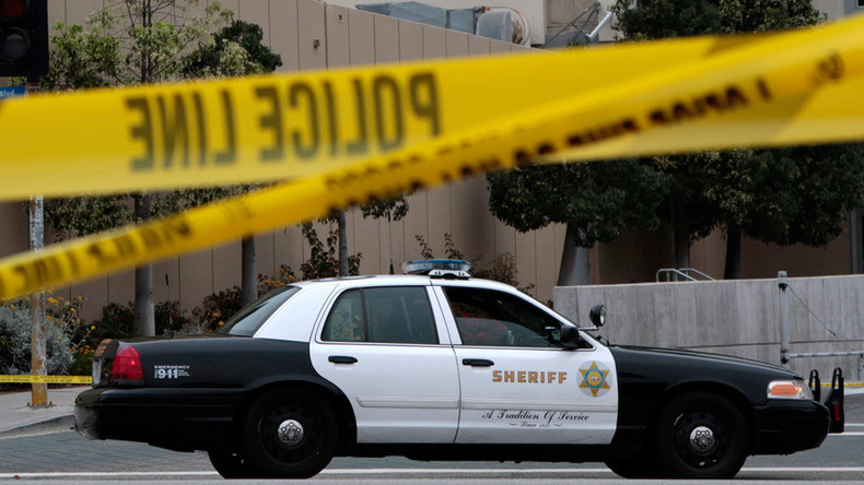 Sheriff's deputy killed, another injured in shootout with burglars in S. California