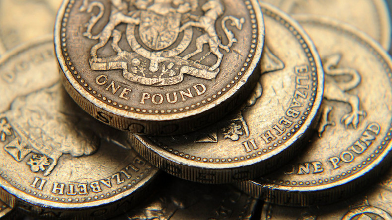 Pound flash crashes to new low as fears of 'Hard Brexit' mount