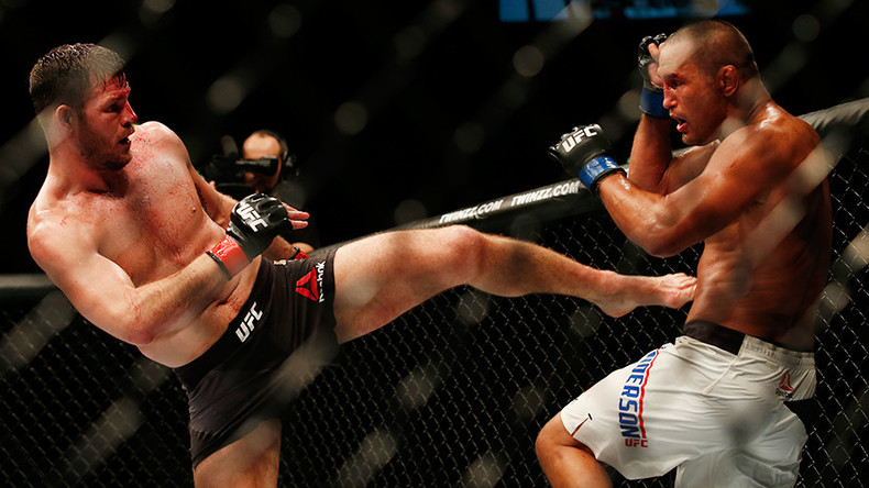 Michael Bisping defeats Dan Henderson at UFC 204 in Manchester