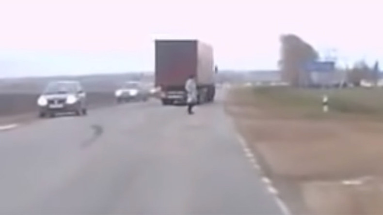 Truck's near miss with pedestrian spawns strange Putin teleportation theory (VIDEO, POLL)