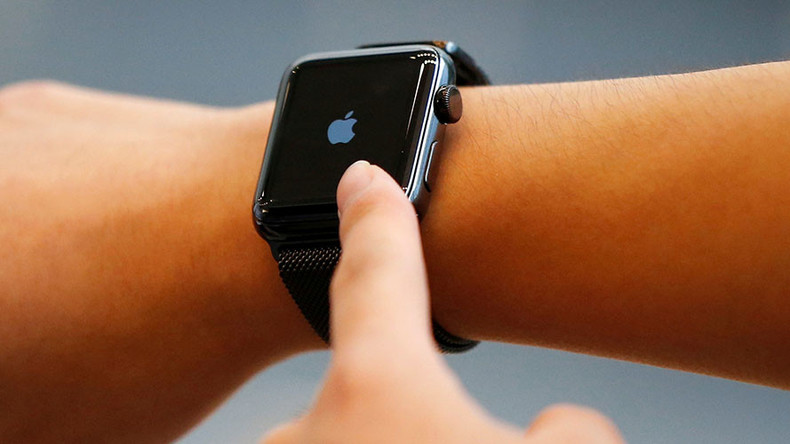Apple Watches banned from UK govt meetings amid claims of 'Russian secret agent' hacking