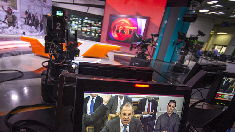 Journalist poses as intern to spy on RT Deutsch… but turns into mainstream media doubter