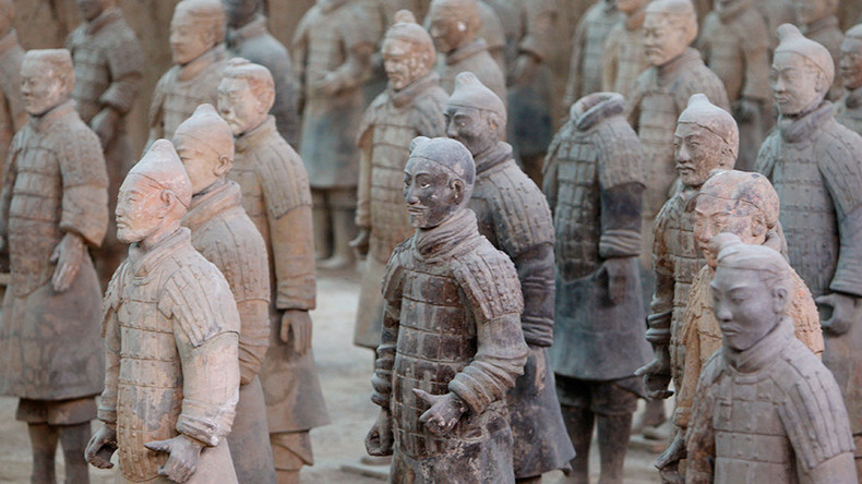 terracotta army probably designed by greeks who arrived in