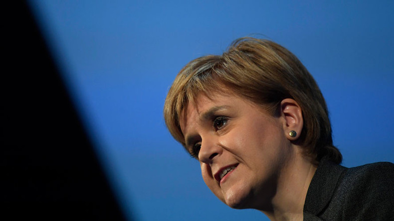 Scotland will demand independence in case of 'hard Brexit,' threatens Sturgeon