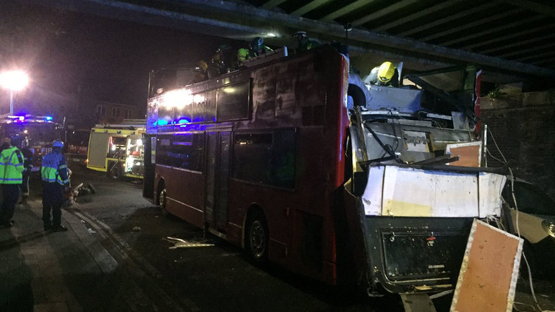 26 injured as roof torn off London's double-decker bus as it crashes into bridge (PHOTOS)