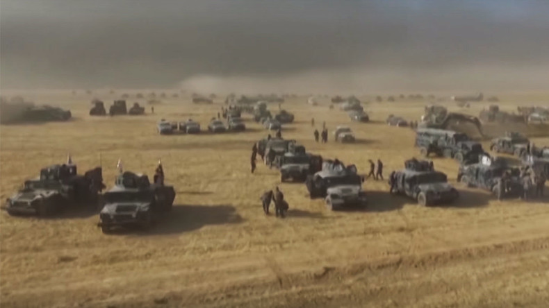 Drone films Iraqi army piling up forces near Mosul before attack on ISIS (VIDEO)