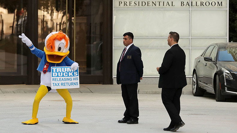 'All disguised as a duck': Video shows illegal collaboration between Clinton, DNC over mascot